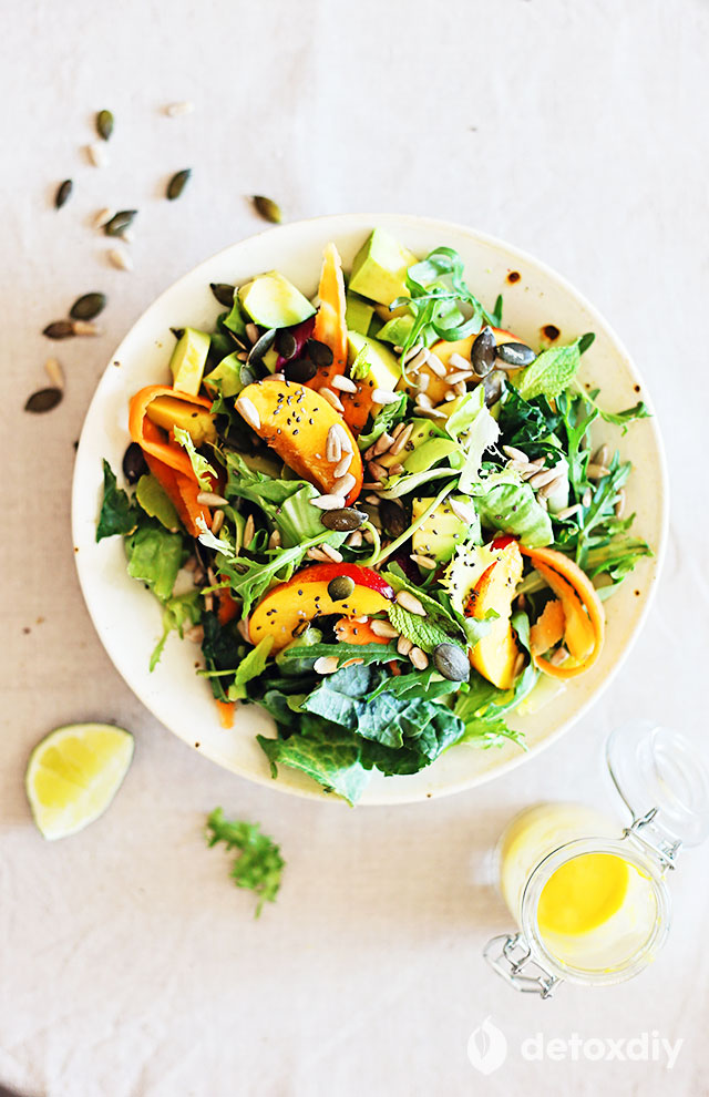 The skin is the largest organ of the body. Help protect it and make it look its best by eating this glowing skin detox salad. Full of antioxidants, selenium, Vitamin E, and more to deeply nourish skin cells.