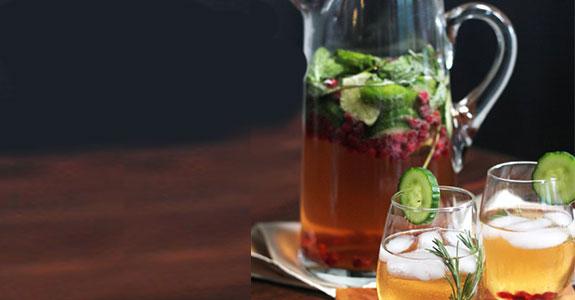 Pomegranate-&-Herbal-Sparkling-Tea