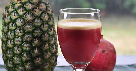 Pomegranate-Pineapple-Lemon-Juice