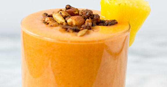 Pineapple Nutmeg Detox Smoothie