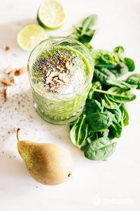 Power Green Detox Smoothie with Ginger and Pear