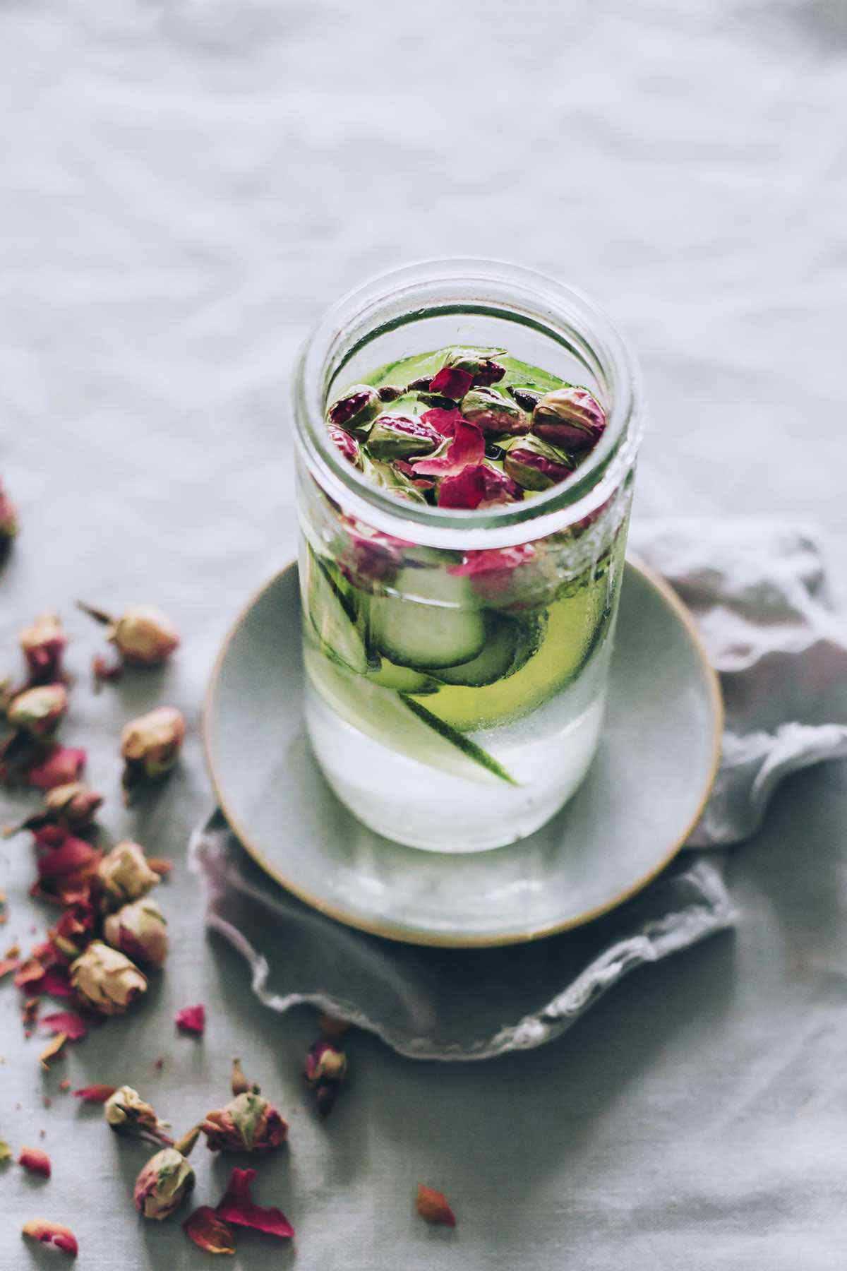 rose water for clear skin
