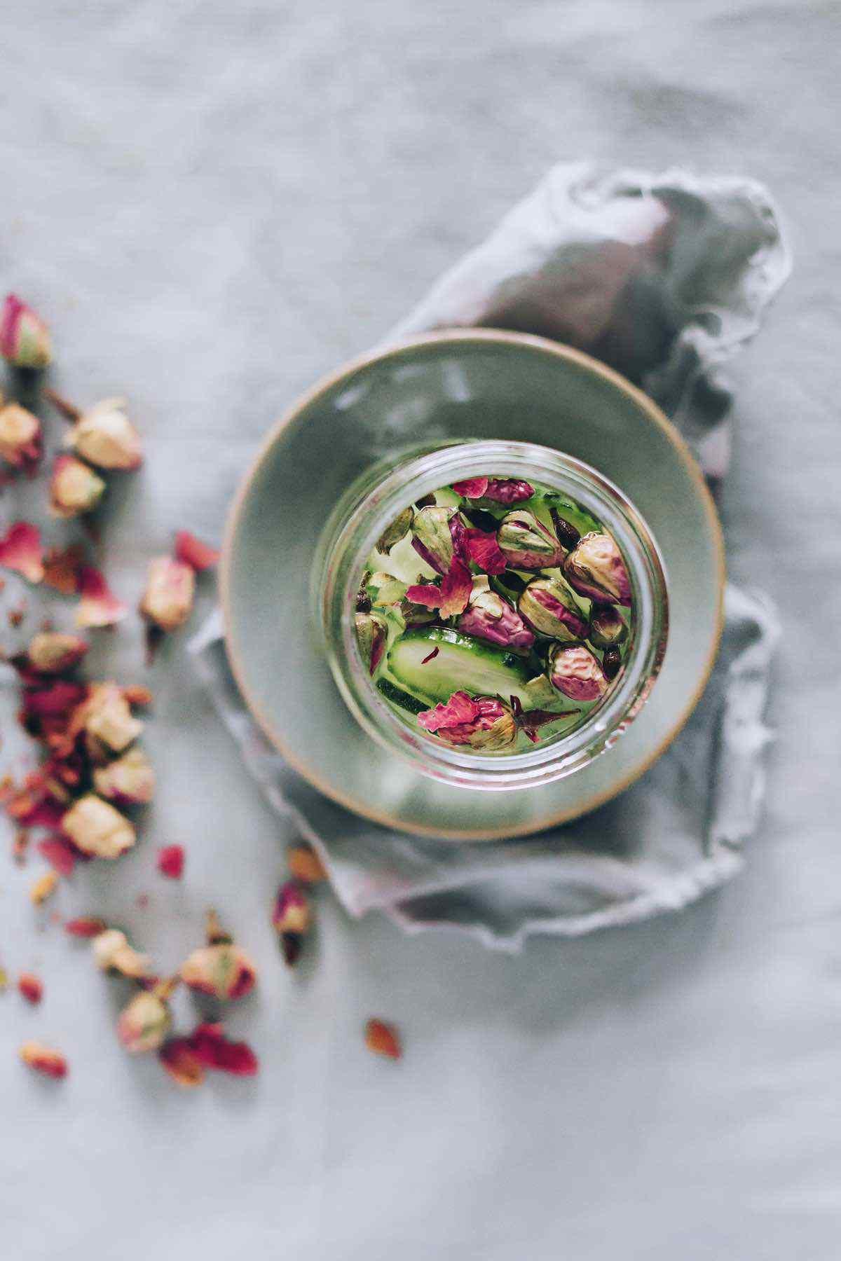 rose water ingredients