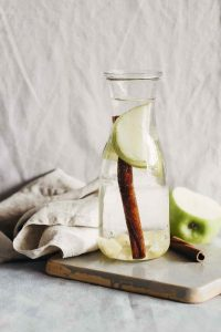 Fruit Infused Apple Pie Detox Water (Yum!)